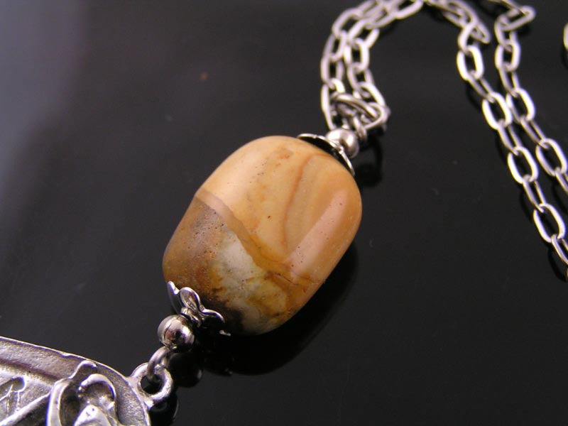 Australien Necklace with Australian Jasper and Mookaite