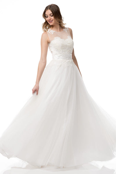 Inexpensive wedding dress with tulle skirt