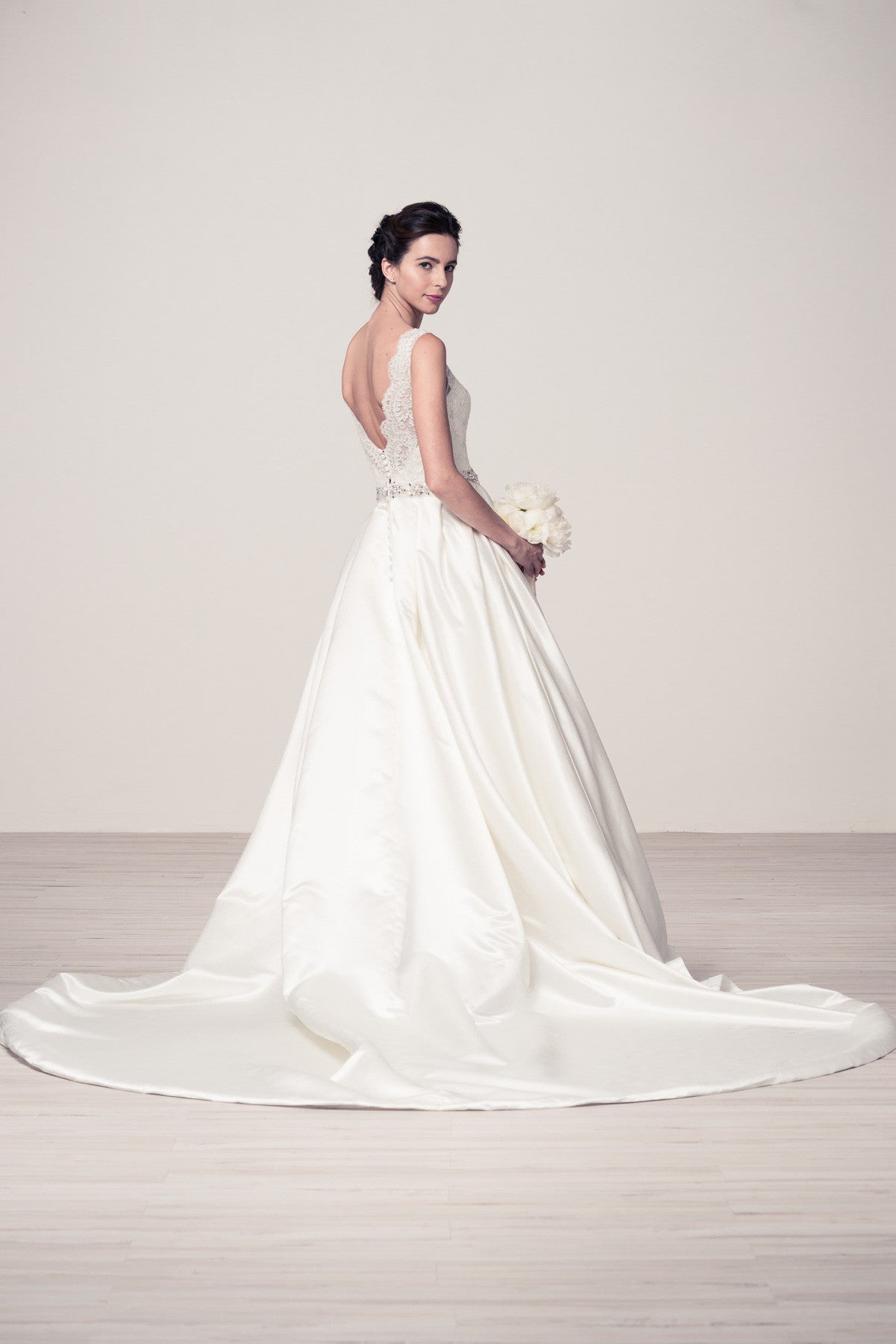 Inexpensive wedding gown on sale – Simply Fab Dress