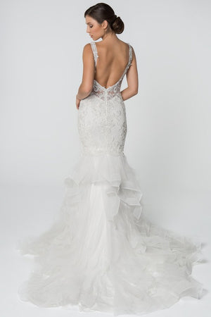 Sweetheart neckline lace gown