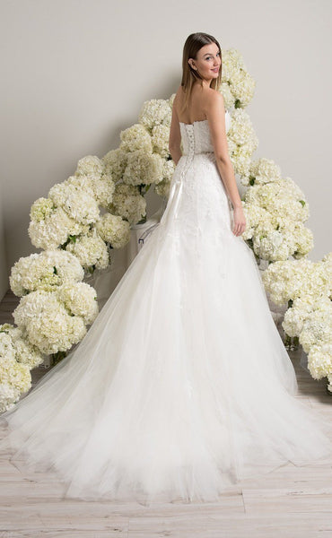 Strapless Sweetheart Neckline Lace Wedding Dresses