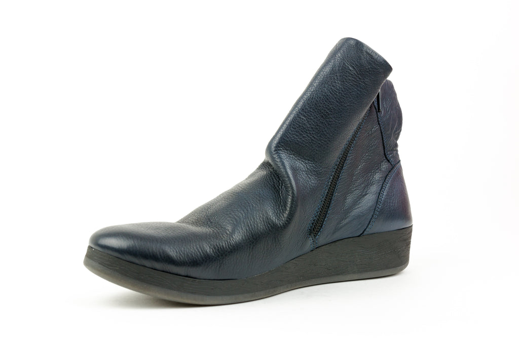 Ayo411Sof Navy Ankle Boot - Walk Shoes