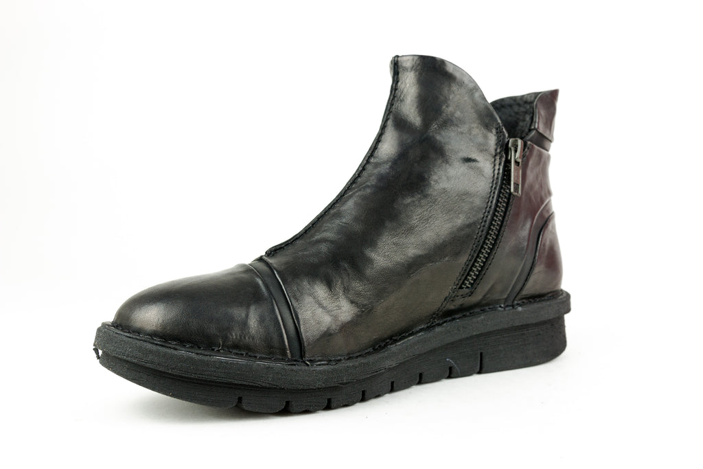 Elda Nero Ankle Boot - Walk Shoes