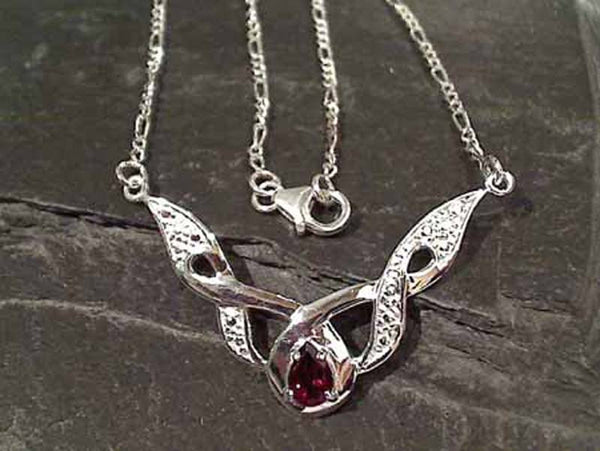 "17"" Garnet, Sterling Silver Necklace"