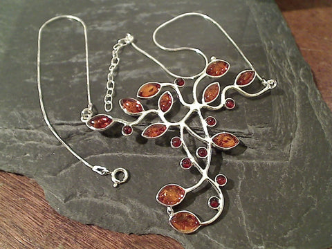 "17""-18.5"" Amber, Sterling Silver Necklace"