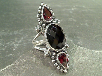 Size 8 Black Onyx, Garnet, Sterling Silver Ring