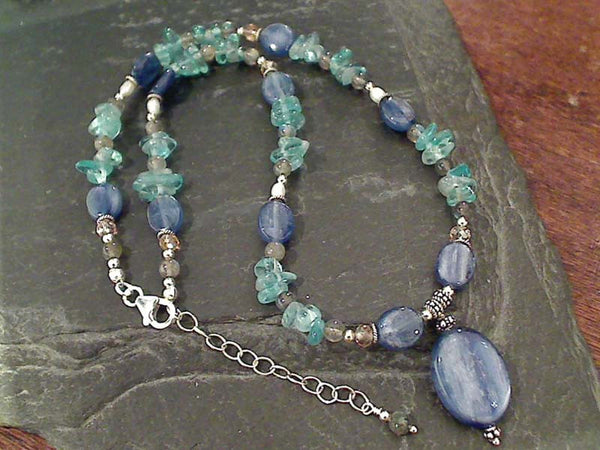 "16-18"" Kyanite, Apatite, Labradorite Necklace"
