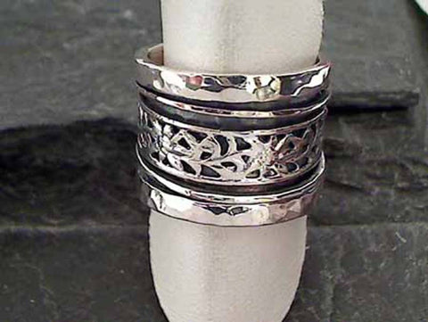 Size 7.5 Sterling Silver Spinner Ring