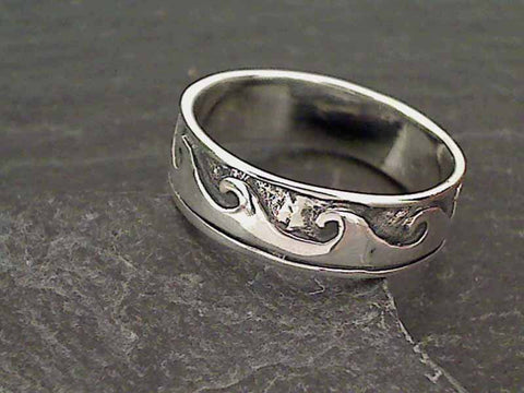 Size 11.5 Sterling Silver Wave Ring