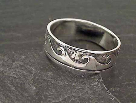 Size 14.75 Sterling Silver Wave Ring