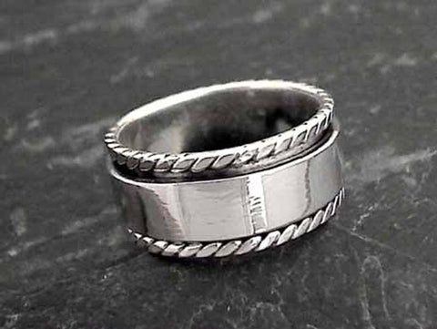 Size 5.5 Sterling Silver Spinner Ring