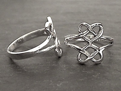 Size 8.75 Sterling Silver Celtic Style Ring