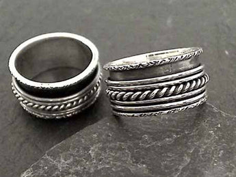 Size 7 Sterling Silver Spinner Ring