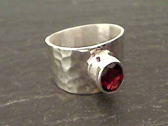 Garnet, Sterling Silver Ring - Size 6
