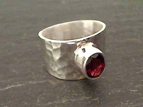 Garnet, Sterling Silver Ring - Size 7.75