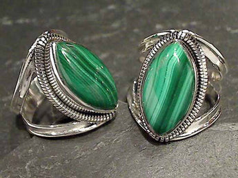 Size 9 Malachite Sterling Silver Ring