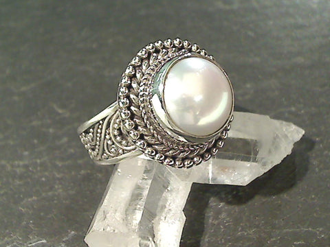 Size 8 Pearl, Sterling Silver Ring