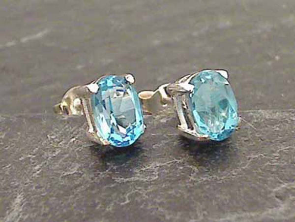 Blue Topaz, Sterling Silvr 5x7mm Studs