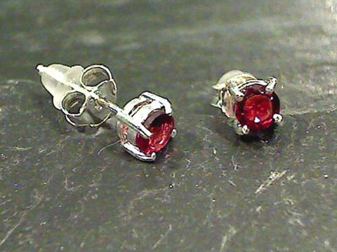 Garnet, Sterling Silver 4mm Stud Earrings