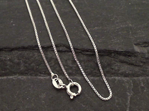 "18"" Thin Gauge .9mm Box Chain - Sterling Silver"