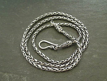 "20"" Sterling 2.5mm Bali Padian Chain"