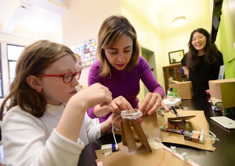 "littleBits Founder Joins 60 Minutes to Discuss the ""Middle School Cliff"""