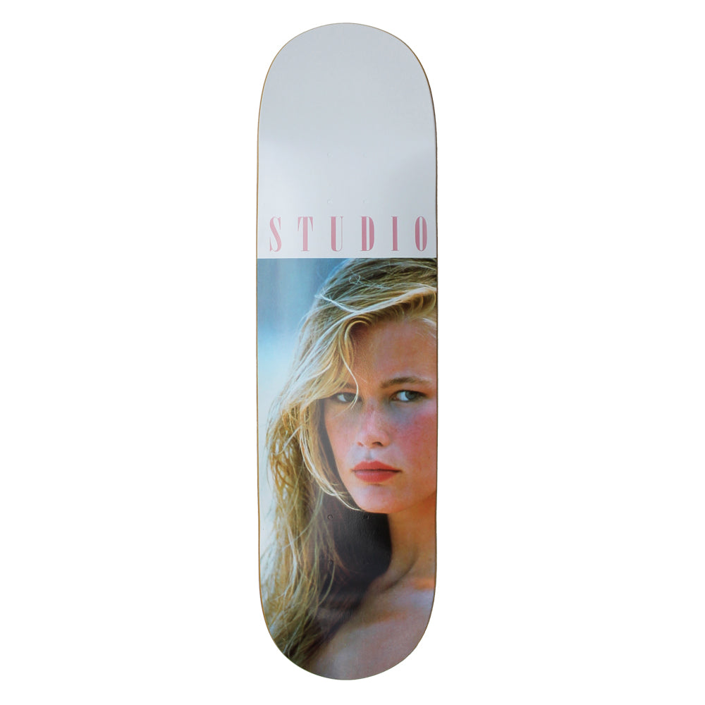 SOLD OUT - Claudia - Skateboard