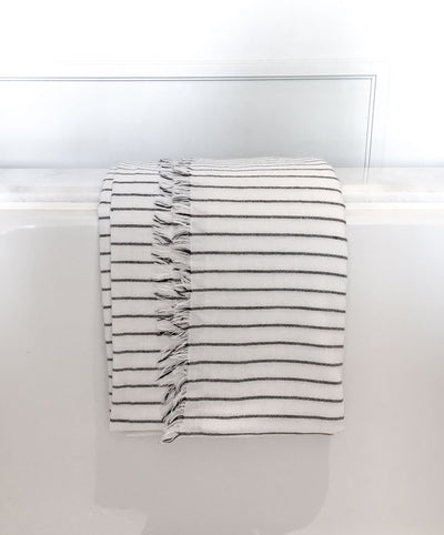 Black striped white ultra thin turkish towel for bath