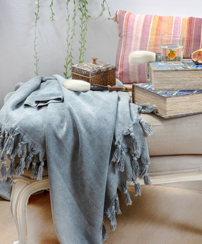 Intimate Cotton Hand-knotted Fringed Throw Blanket