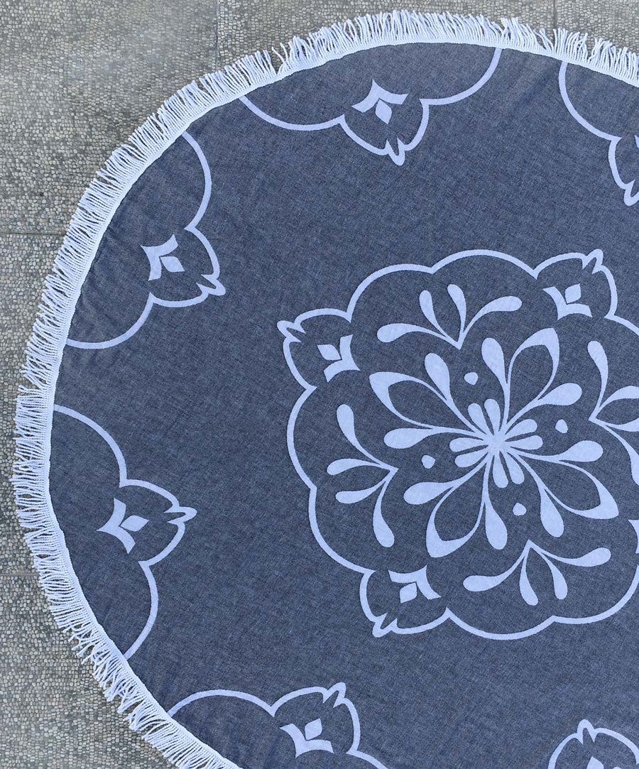 Damask Pattern Black Round Towel