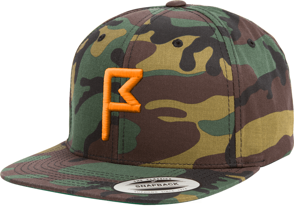 Men s Camo Flagstick Snapback Hat with Hunter Orange Flagstick ... 9809f92c725