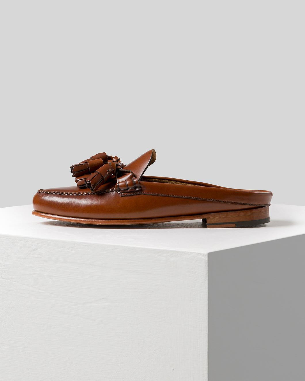 BORLADA - Tasseled pump Slipper