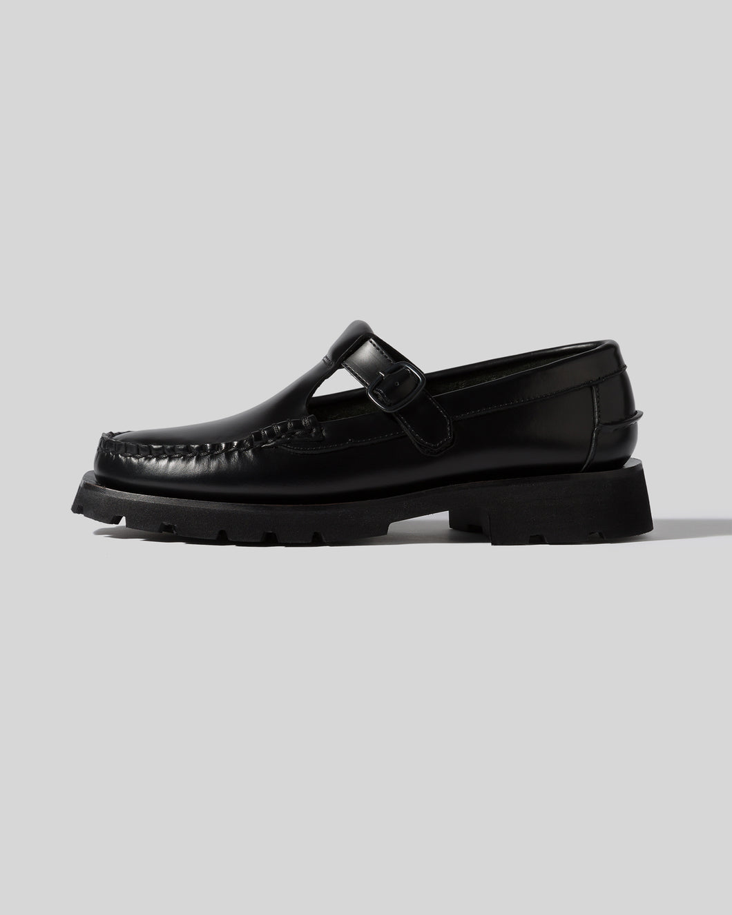 ALBER SPORT - PREORDER - Tread Sole T-Bar Loafer