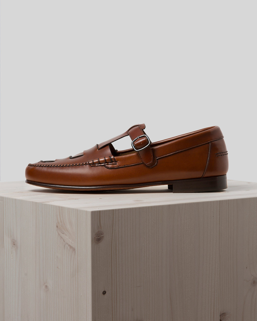 XESC - Men's  T-bar Loafer