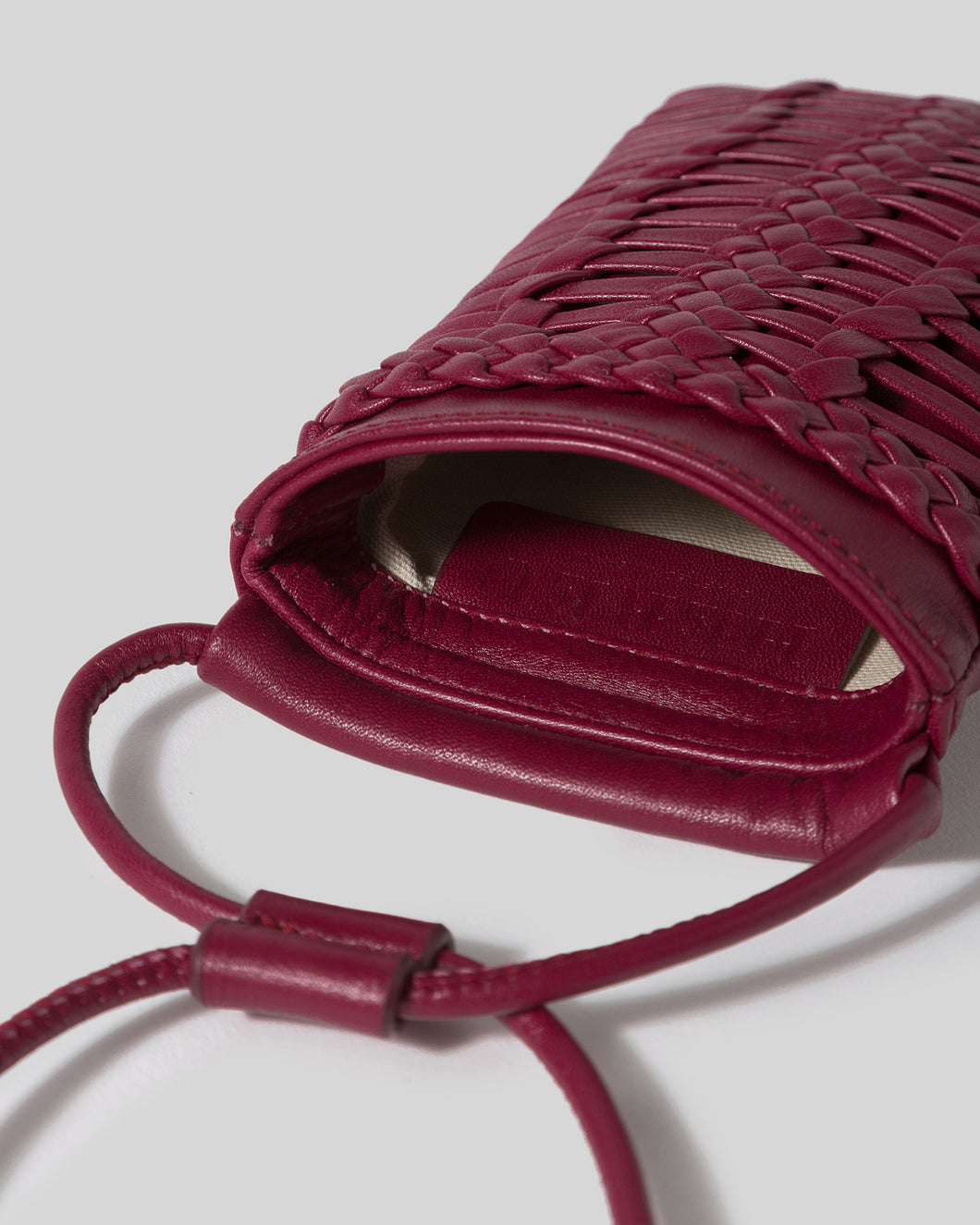 TRENA PHONE - Woven Phone Pouch