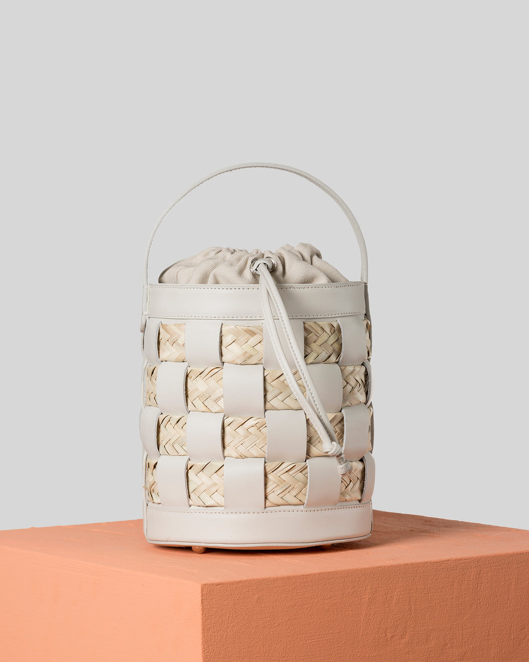 GALLEDA - Check bucket bag