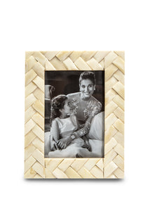 Natural Basket Weave Frame