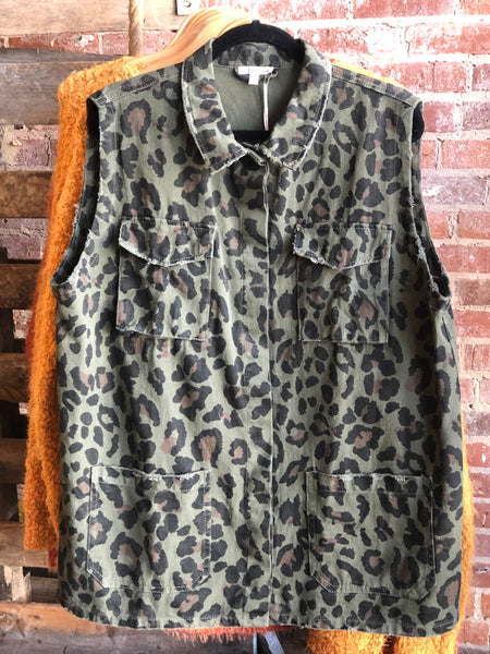 Curvy Army Leopard Vest