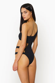 SURI ONE PIECE - BLACK