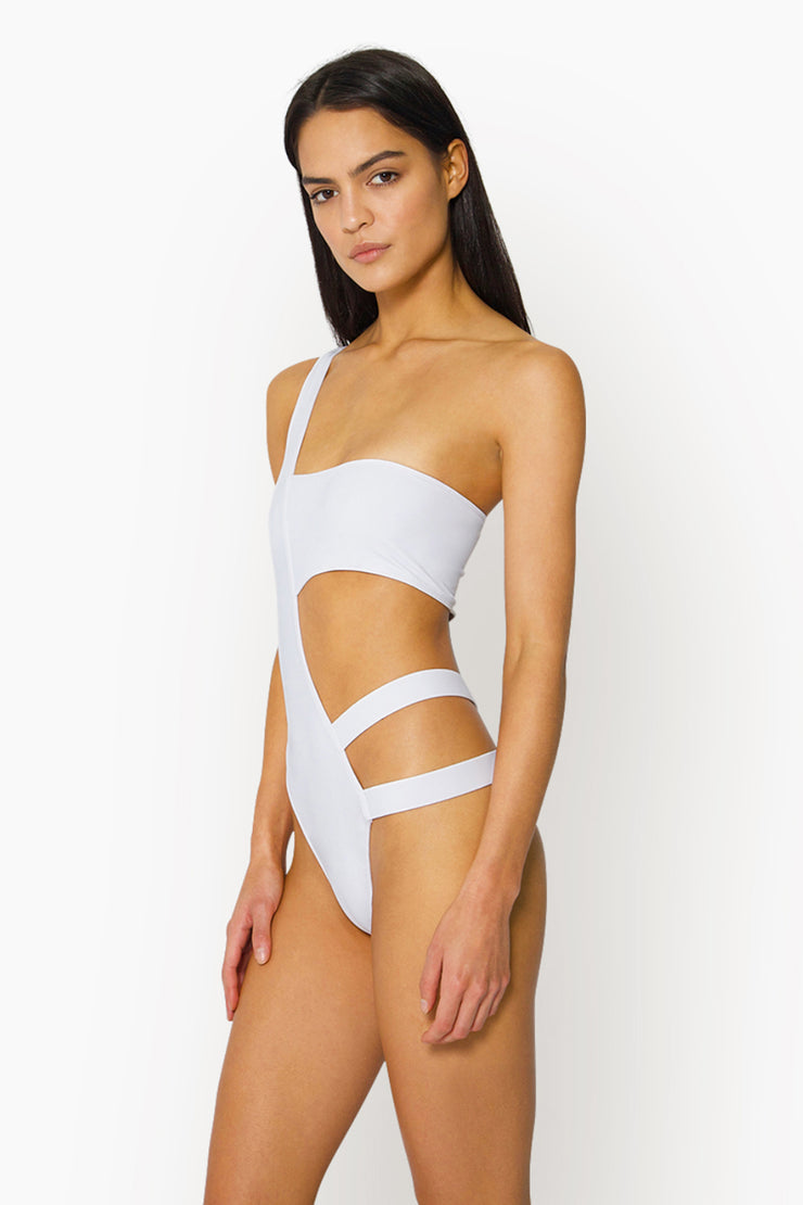 SURI ONE PIECE - WHITE