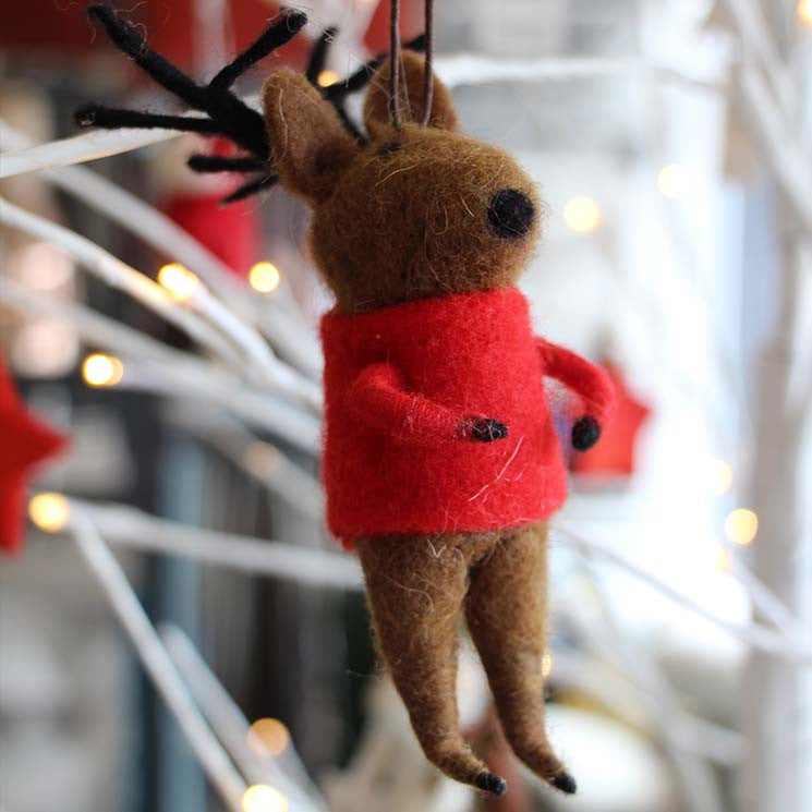 Felted reindeer with jumper