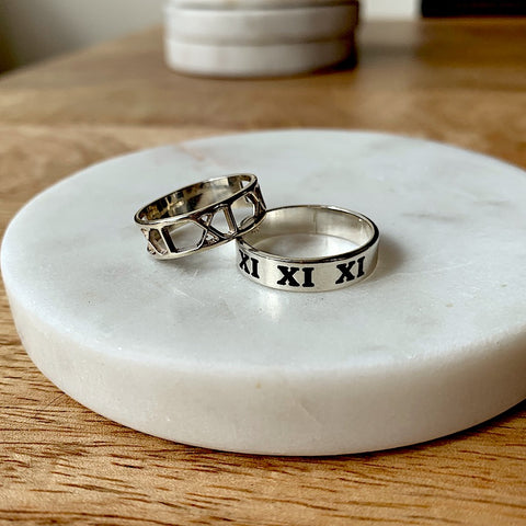 Shop Personalized, Custom Date Roman Numeral Rings - Perfect Gift For Anniversaries!