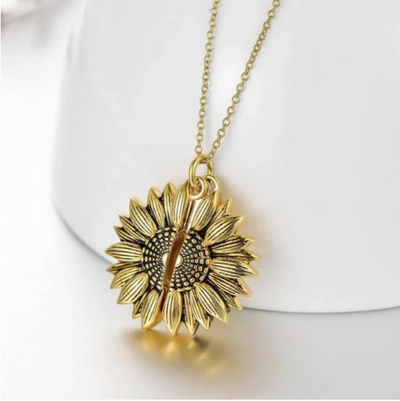 You Are My Sunshine Sunflower Necklace ★★