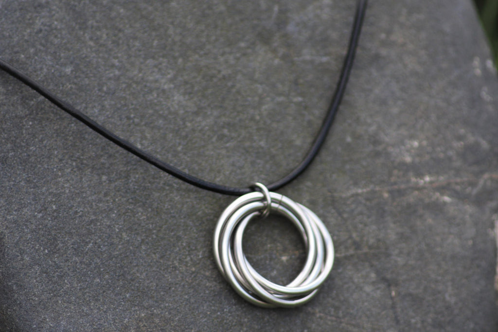 rings dp amazon interlocking com double pendant gift circle necklace entwined minimalist ring