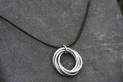Infinity Ring Pendant, Stainless Steel Möbius Rings Necklace, Forever Spiral, Fidget Necklace -  - 1