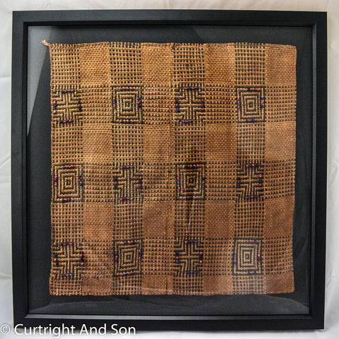 TSIMSHIAN CEDAR BARK AND TRADE BEAD MAT