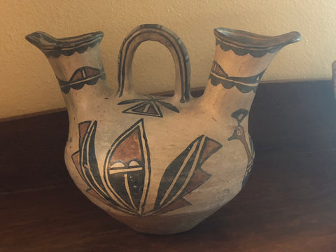 SAN ILDEPHANSO WEDDING VASE CA 1910