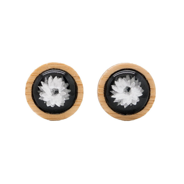 Everlasting Daisy - Stud Earrings-Earrings-Myrtle & Me