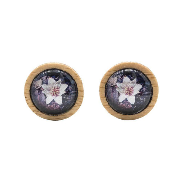 Sassafras Flower - Stud Earrings - Myrtle & Me