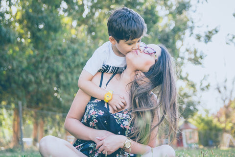 Son kissed mom on her cheek